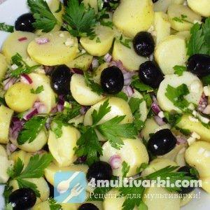 Оригинальный гарнир: молодая картошка с маслинами в мультиварке