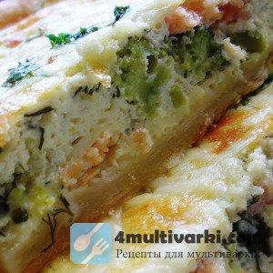 Рыбный пирог в мультиварке с зеленью и сливочным сыром