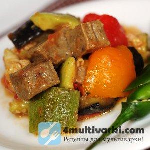 Из авокадо, овощей и курятины – рагу с мясом в мультварке