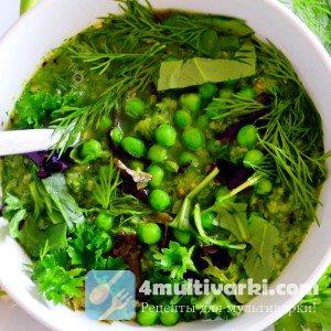 Зеленый овощной суп в мультиварке