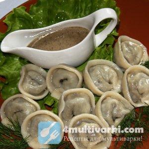 Пельмени с грибами и мясом