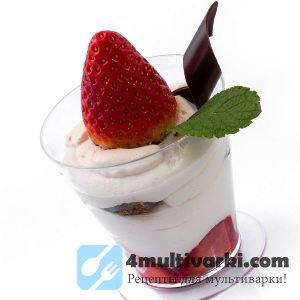 Нежный десерт из творога и ягод
